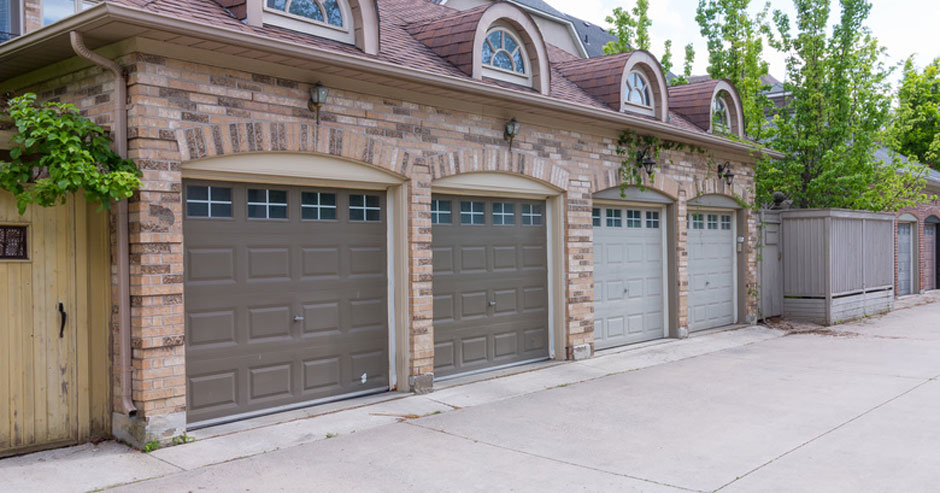 Broken Garage Door Repair Mamaroneck